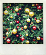 Gold Photos - Christmas baubles by Les Cunliffe