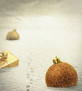 Snowy Digital Art - Christmas Journey by Wim Lanclus