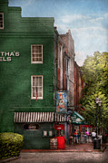 Cobblestone Street Prints - City - Baltimore - Fells Point MD - Berthas and The Greene Turtle  Print by Mike Savad