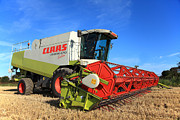 Paul Lilley Framed Prints - Claas Lexion 470 Evolution Combine Harvester Framed Print by Paul Lilley