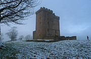 The Clan Art - Clackmannan Tower - Scotland by Phil Banks