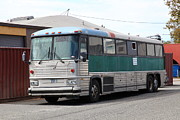 Buses Photos - Classic Retro Greyhound Bus 5D25251 by Wingsdomain Art and Photography