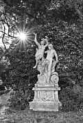 Jamie Pham - Classic statue with sunburst at the North Vista Lawn of the Huntington Library.