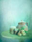 Clay Pot And Pears Print by Artskratches