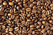 Bean Prints - Coffee beans Print by Les Cunliffe