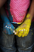 Indian Photos - Coloured Hands by Tim Gainey