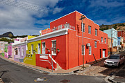 Haeuser Photo Framed Prints - colourful buildings in Bo-Kaap Framed Print by Juergen Ritterbach