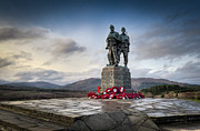 Courage Photo Metal Prints - Commando Memorial at Spean Bridge Metal Print by Gary Eason