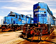 Caboose Photos - Conrail Choo Choo  by Robert Harmon