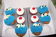 Dindin Coscolluela - Cookie Monsters in a Box