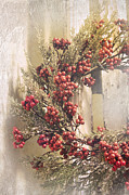 Robin Lewis - Country Wreath with Red...