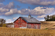 Trey Foerster - County G Barn in Autumn