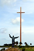 George Bostian - Cross And Statue 002
