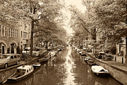 Houseboat Framed Prints - Cruising on the Canal I Framed Print by Ivy Ho