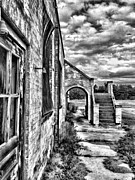 Hanger Prints - Curtis Gray Print by Steven Richardson