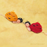 Ladybugs Photos - Dakota 4 weeks and Cameron 3 weeks by Anne Geddes