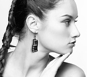 Laser Cut Jewelry - Dancing Piano Earrings by Rony Bank