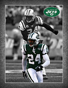 New York Jets Framed Prints - Darrelle Revis Jets Framed Print by Joe Hamilton