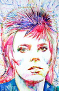 Watercolors Drawings - DAVID BOWIE - colored pens portrait by Fabrizio Cassetta