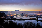 Tacoma - Dawns Early Light by Sean Griffin
