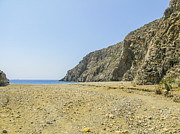 Patricia Hofmeester - Deserted beach
