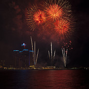 Pyrotechnics Prints - Detroit Area Fireworks 29 Print by Paul Cannon