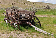 Dilapidated Wagon With Leaning Wheels Print by Sue Smith