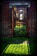 Virginia Ruins Photos - Doorway to History by Suzanne Stout