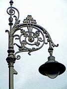 Anne Gordon - Dublin Streetlight