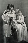 Duncan, Isadora 1878-1927. Portrait Print by Everett