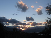 Lines - Dusk over Queenstown .