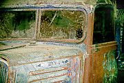 Claude Lustier - Car dusty and rusty - 1