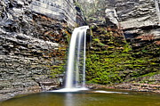 Finger Lakes Photos - Eagle Cliff Falls by Robert Harmon