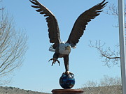 Lorna Hooper - Eagle Statue