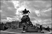 Benjamin Franklin Parkway Prints - Eakins Oval in Winter Print by Bill Cannon
