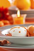 Mythja  Photography - Easter table setting in orange tones