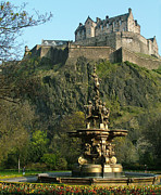 Princes Posters - Edinburgh Castle - Ross Fountain Poster by Phil Banks