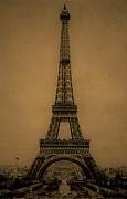 Vintage Eiffel Tower Metal Prints - Eiffel Tower 1889 Metal Print by Andrew Fare