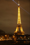 Romance Photo Posters - Eiffel Tower - Paris France - 011319 Poster by DC Photographer