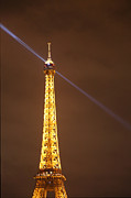 Eiffel Tower - Paris France - 011334 Print by DC Photographer