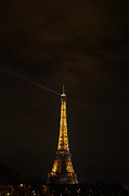 Defense Prints - Eiffel Tower - Paris France - 011344 Print by DC Photographer