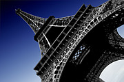 Monument Digital Art Originals - Eiffel Tower by Sergio Verrecchia