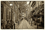 Philadelphia Photo Prints - Elfreths Alley 1 Print by Jack Paolini