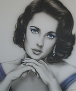Elizabeth Taylor Paintings - Elizabeth Taylor in Black and White and Purple by Steve Baier