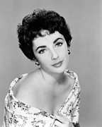 Elizabeth Taylor Framed Prints - Elizabeth Taylor Framed Print by Silver Screen