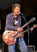 Elvin Framed Prints - Elvin Bishop Framed Print by Front Row  Photographs