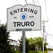 Michelle Wiarda - Entering Truro