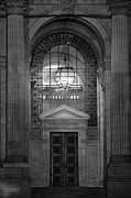 College Avenue Photos - Entrance In Black And White by Dan Sproul