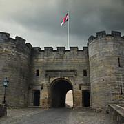 Jane McIlroy - Entrance to Stirling Castle - Scotland