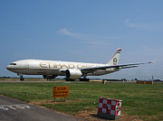 Klm Prints - Etihad Airways Boeing 777 Print by Paul Fearn